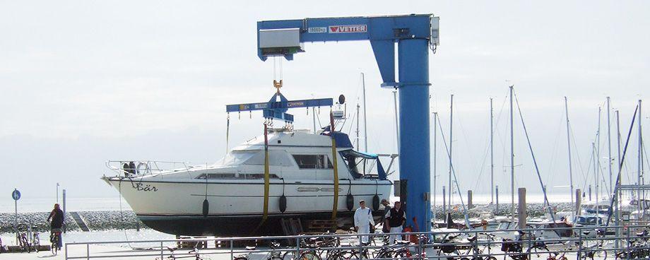 Bootskran, Bootskrane, Kran für eine Werft